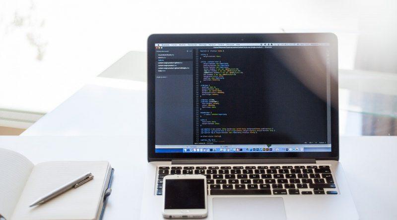 macbook avec du code